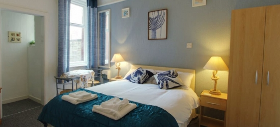 1-2nt Blackpool Self-Catered Apartment Break for 2 or 4