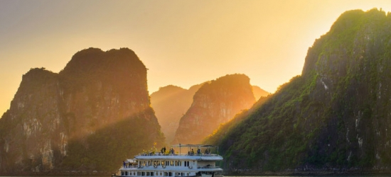 3*, 4* or 5* 12-Day Vietnam Tour & Transfers