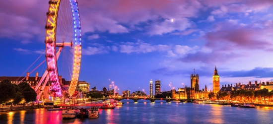 5* London Escape, Prosecco & Spa Access - Room & Dinner Options
