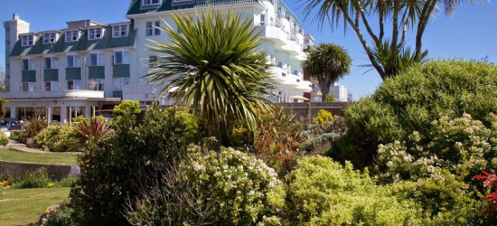 Bournemouth Spa Break, Dinner, Leisure Access, Wine & B'fast for two