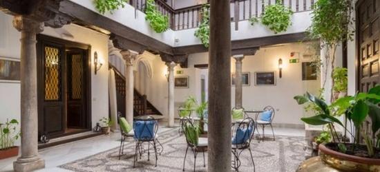 £50 per night | Casa del Capitel Nazarí, Granada, Spain