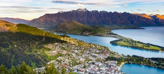 13-night New Zealand tour inc excursions & transfers
