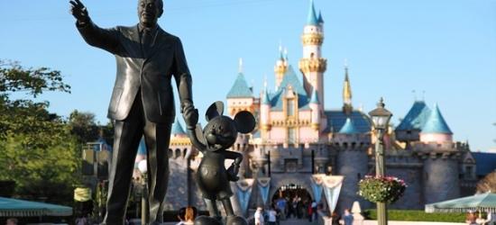£85 -- Stay near Disneyland w/Breakfast & Parking