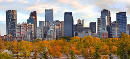 £80 -- Calgary Airport Stay incl. Cocktails & 14 Days' Parking