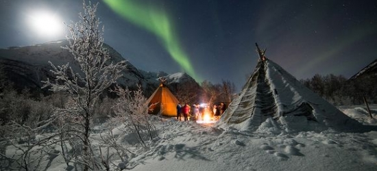 4* Arctic Circle escape with Northern Lights excursion