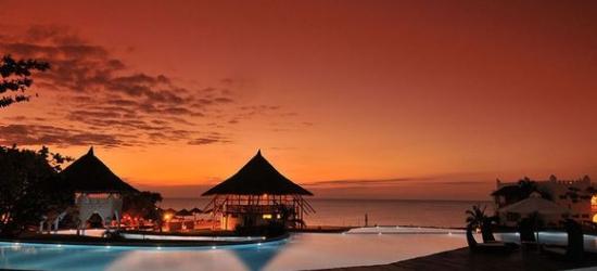 Kenya / Diani Beach & Safari - Beachside Dreams and Safari Thrills at the Jacaranda Indian Ocean Beach Resort 4* & Safari