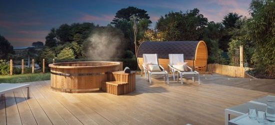 4* Cornish retreat with three-hour spa session