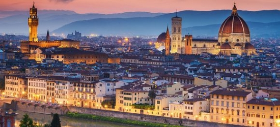 Restored 17th Century Palazzo in Heart of City at the Firenze Number Nine 4*