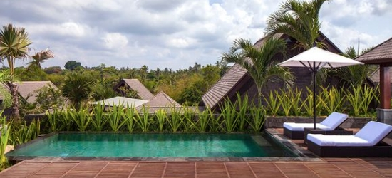 Bali / Ubud & Uluwatu - Private Pool Villas, Beachside Bliss & Optional Island Idyll at the Sanctoo Villa & Radisson Blu Uluwatu 5* with Komodo Extension