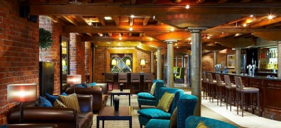 Manchester - Elegant Escape to the North at the Manchester Marriott Victoria & Albert Hotel 4*