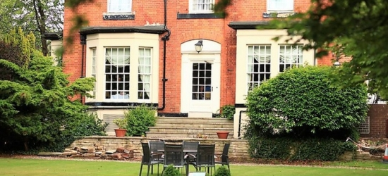 Cheshire: Double or Executive Double Room for Two with Breakfast at 4* Best Western Pinewood on Wilmslow