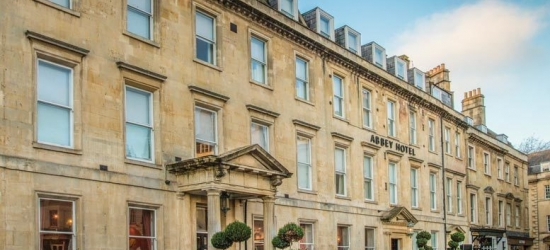 4* Bath, Prosecco, 3-Course Dinner @ Koffmann & Mr. White's for 2