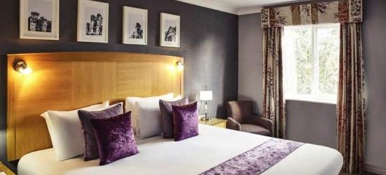 1-2nt Warwickshire Stay & Breakfast for 2 @ 4* Mercure Hotel