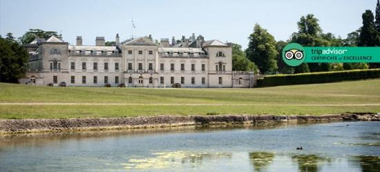 4* Buckinghamshire, Breakfast, 3-Course Dinner & Wine for 2