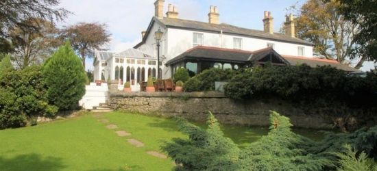 1-2nt 4* Lake District Escape, Breakfast & Afternoon Tea for 2