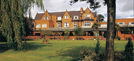 Chester Stay, Spa Access & Afternoon Tea @ 4* Mollington Banastre