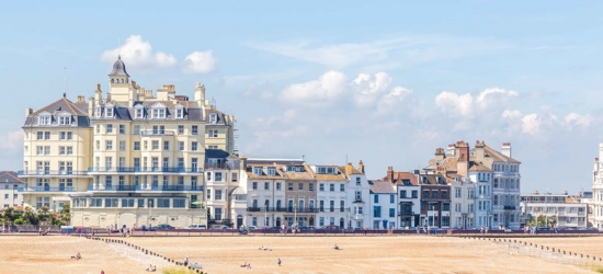 1-2nt Eastbourne Seafront Escape with Breakfast & Drink for 2 or 4