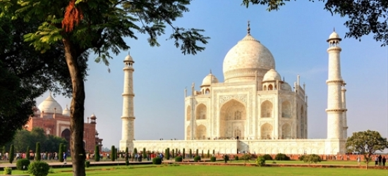 2-week north & south India tour & excursions
