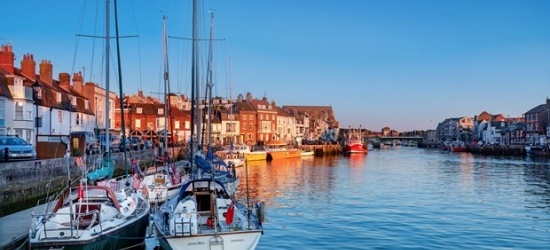 £149 -- 2-night Weymouth stay inc high tea & bubbly, 39% off