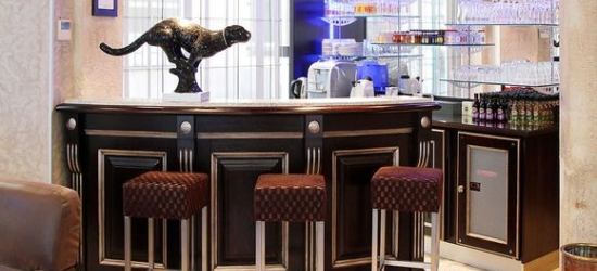 Modern Hotel 7 Minutes from Place de la Nation at the Grand Hotel Francais 3*