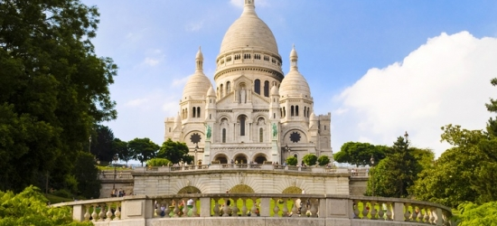 Paris: Standard Rom for Two with Option for Breakfast, Champagne and Seine Cruise at Prince Albert Montmartre