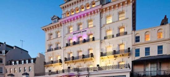 Romantic Brighton Seafront Break, Breakfast, Wine & Dinner for 2