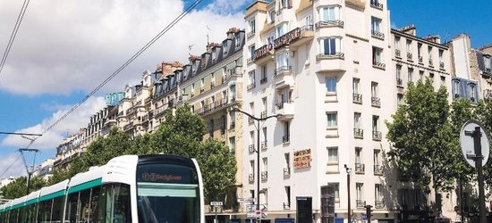 3 nights at the 3* Hotel Acropole, Paris, Ile de France