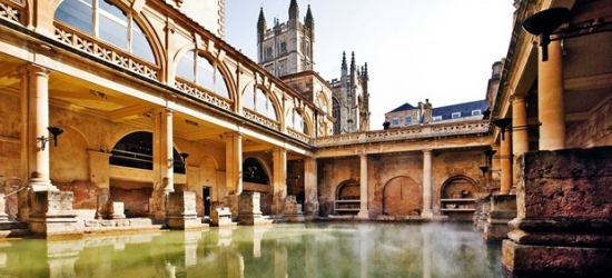 £99 --Bath city-centre stay at Georgian townhouse, 52% off