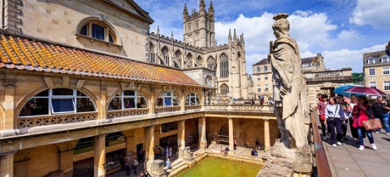 £149 -- 2-night Bath stay w/afternoon tea & bubbly, 39% off