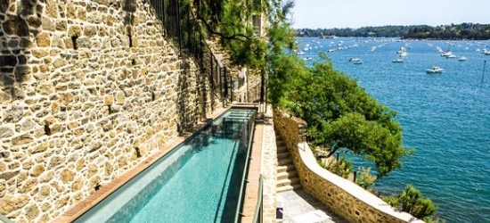 France / Brittany - Beautiful Getaway Facing the Emerald Coast at the Hotel Castelbrac 5*