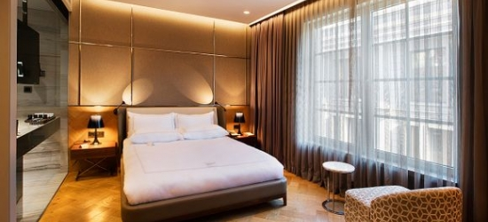 Lovely Getaway in Vibrant City Location at the Fer Hotel 5*