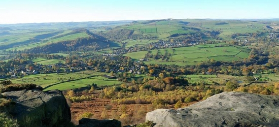 1-2nt Peak District Stay & 3-Course Dining for 2 - Hot Tub Option!