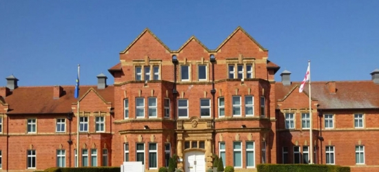Cheshire Stay & Leisure Access @ Cheadle House - Dining Upgrade!