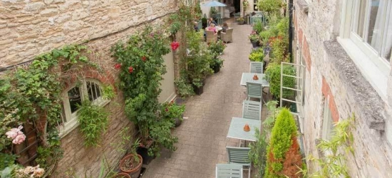 4* Cotswolds Break, Breakfast & Dinner for 2 @ The Ormond at Tetbury