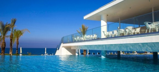 Cyprus / Paphos - Luxury Oasis with Majestic Sea Views at the King Evelthon Beach Hotel Resort 5*