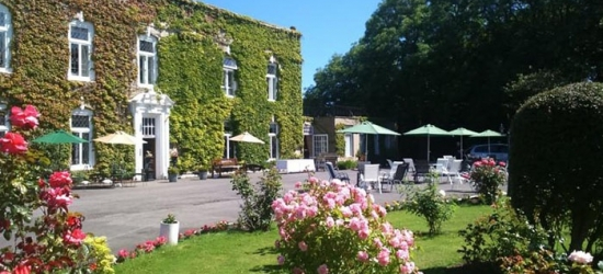 Hartlepool: 1 or 2 Nights for 2 with Breakfast, Glass of Wine and Optional 2-Course Dinner at Hardwicke Hall Manor Hotel