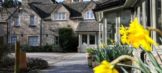 Cotswolds: 1 or 2 Nights for Two with Breakfast and Option for Two-Course Dinner at Stratton House Hotel