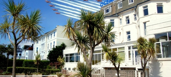 Bournemouth: Double or Twin Room for Two with Breakfast, Prosecco and Late Check-Out at The Ocean View Hotel