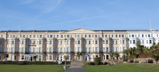 Eastbourne: Double Room for Two with Breakfast and Option on Dinner at the Lansdowne Hotel