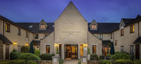 4* Oxfordshire Countryside Spa Break, Dinner & Breakfast for 2