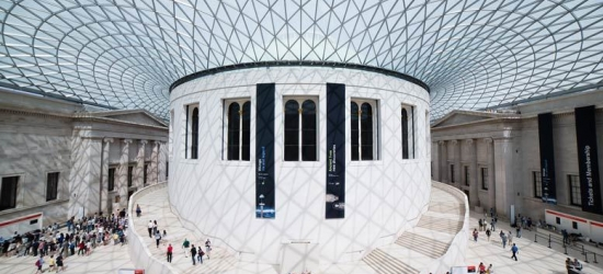 4* London Break, B'fast & Bubbly Afternoon Tea at The British Museum