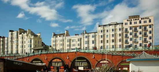 1-2nt 4* Seafront Brighton, 3-Course Dinner, Wine & B'fast for 2