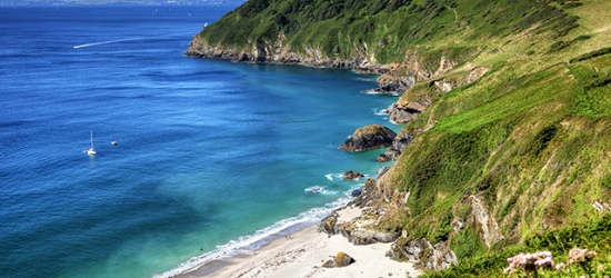 3nt self-catering holiday cottages near the Cornish coast (sleeps up to 6)