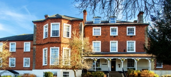 £159 per night | Brandshatch Place, Fawkham, Kent
