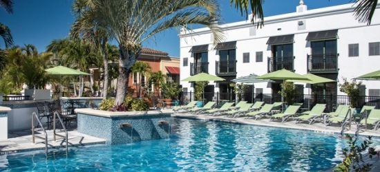 £126 per suite per night | Inn on Fifth, Naples, Florida