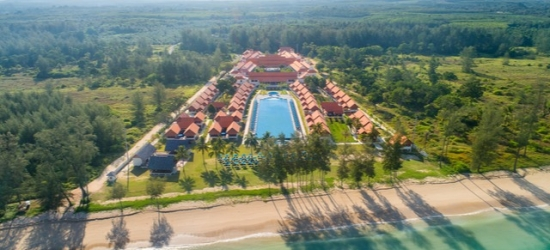 £76 per night | Le Menara North Khao Lak Resort, North Khao Lak, Thailand
