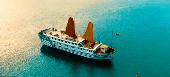 Vietnam & Cambodia adventure with a Halong Bay cruise & optional tours, Hanoi, Halong Bay, Da Nang, Ho Chi Minh City & Siem Reap