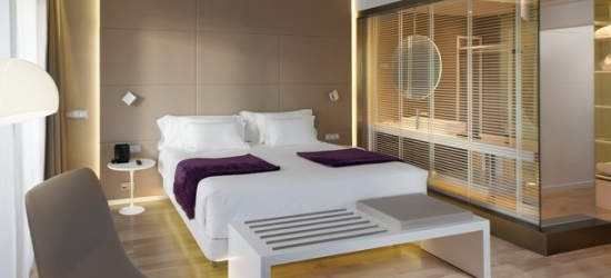 £40pp Based on 2 people per room | Gourmet Madrid stay at a modern hotel, NH Collection Eurobuilding, Spain