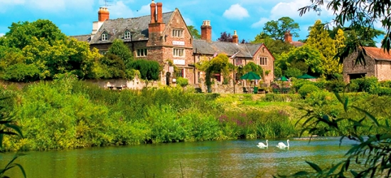 £140 per night | Wilton Court, Ross-on-Wye, Herefordshire