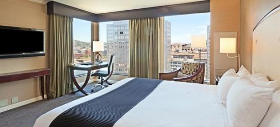 £94 -- Downtown Pittsburgh Hotel w/Breakfast, 55% Off
